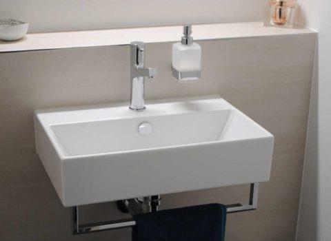 Umbau Badezimmer <br/> Haltligasse Mollis